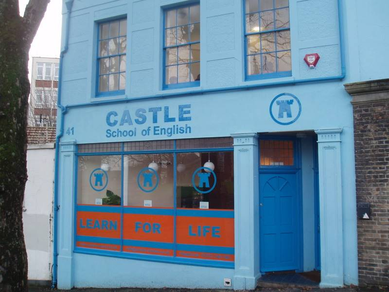 UK10 Castle School of English, Brighton